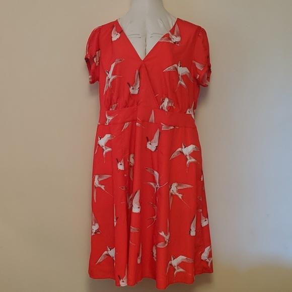 eshakti Dresses & Skirts - Eshakti dress 18/20 red bird pattern plus size